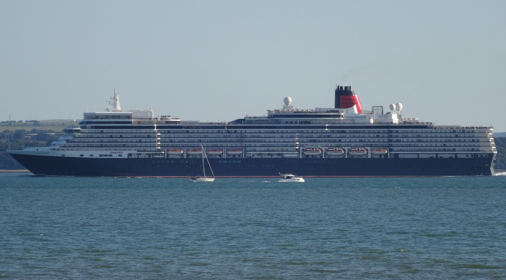 Queen Elizabeth at Stokes Bay 22 July 2016
