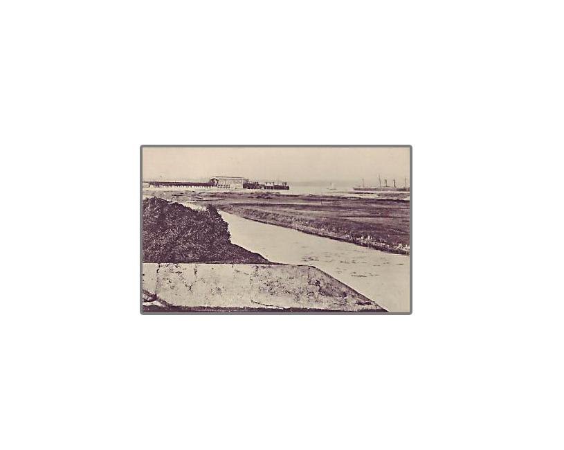 Stokes Bay pier & moat